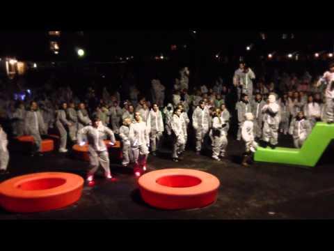 Boligsocialt Netværk Halsnæs - Kick off Flashmob 2012