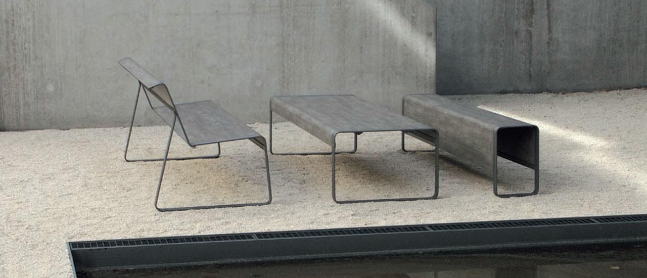 Out-sider Superfine bord- og bænk af HPL